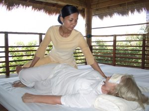 Die Thaimassage kann schmerzhaft sein