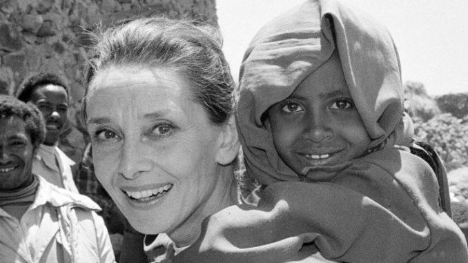 Nach der Schauspielkarriere engagierte sich Audrey Hepburn als UNICEF-Botschafterin.